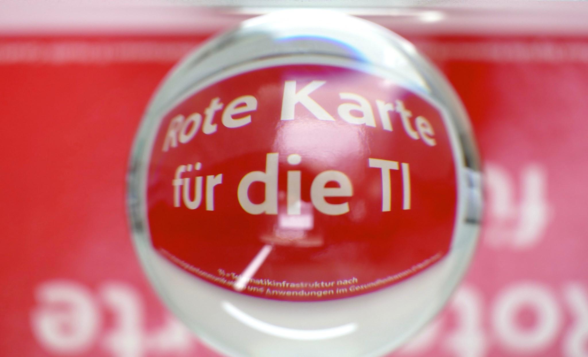 Logo Rote Karte für die TI